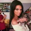 Kendall Jenner'ın Instagram Fotoğraflarını Trolleyen Adam