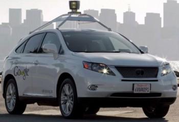 Sürücüsüz araçlarla test sürüşü yapan Google, 11 kaza geçirdi